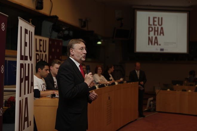 20120619 Langebegrüßt Leuphana