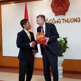Bernd Lange und Vietnams Handelsminister