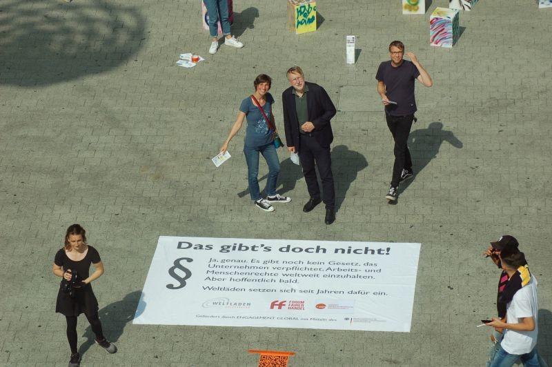 20190812_Bodenplakat_VEN_Kröpcke
